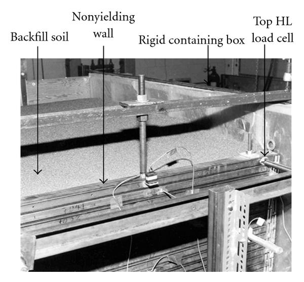 524568.fig.002a