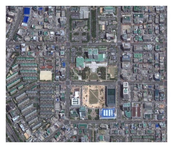 (a) Real map (Daejeon, Republic of Korea) (this Map is captured by using Google Maps service)