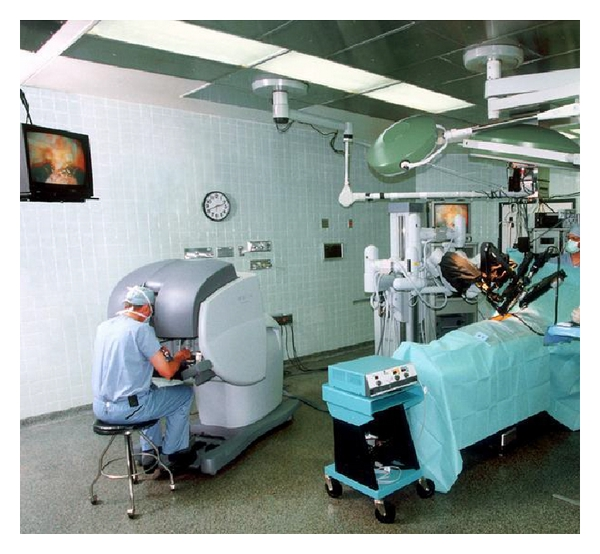 (a) Setup in a hospital's operating room